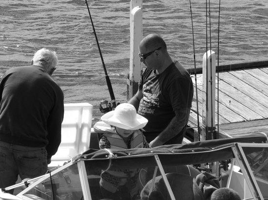 Jervis Bay Caravan Park : Fishing at Jervis Bay