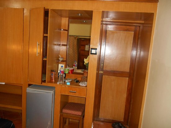 Leoney Resort: room view