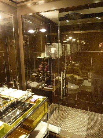 The Chatwal, A Luxury Collection Hotel, New York : Bathroom
