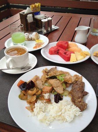 The Dewa Koh Chang: Завтрак