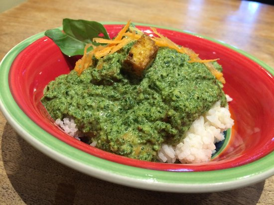 Green Goddess' Food: Saag Tofu over rice! Hot lunch Friday!