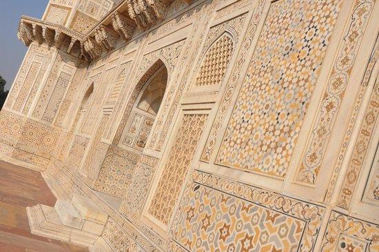 Tomb of Itimad-ud-Daulah : Детали резьбы по камню