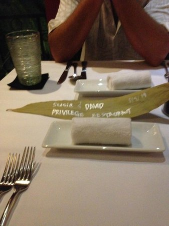 Privilege Restaurant & Bar : pandan leaf reservation