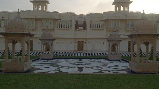 The Oberoi Udaivilas: Grand Entrance, Oberoi Udaivilas