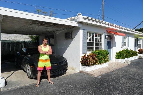 Blue Waters Motel : Паркинг