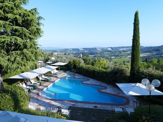 Relais Santa Chiara Hotel: pool and view