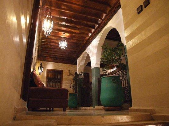 Riad Imilchil : Scale per il piano superiore