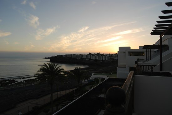 Sandos Papagayo Beach Resort: Room view (block B)