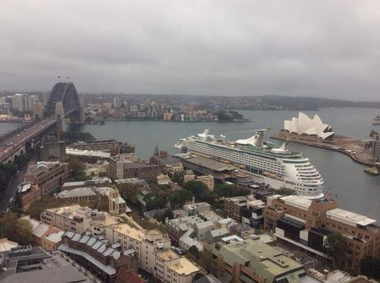 Shangri-La Hotel Sydney: view from the 14th floor room