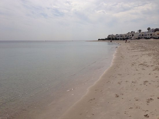 Hôtel Kanta : Port El Kantaoui beach. Unfortunately was absolutely disgusting, could not walk in bare feet due