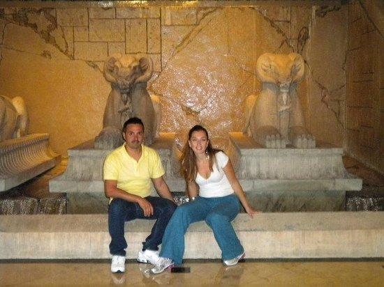 Luxor Las Vegas: ingresso hotel