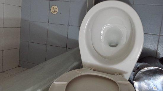 Hotel San Roque : baños viejos