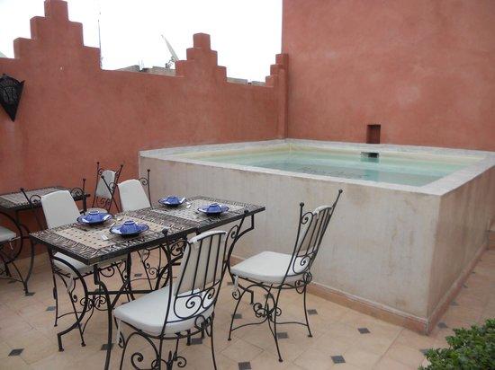 "Riad Palais Delia : terrasse & ""piscine"""