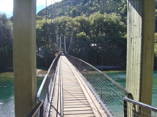 Los Alerces National Park : Puente colgante