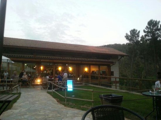 Fusion/eklektisk restauranter i Ribadavia