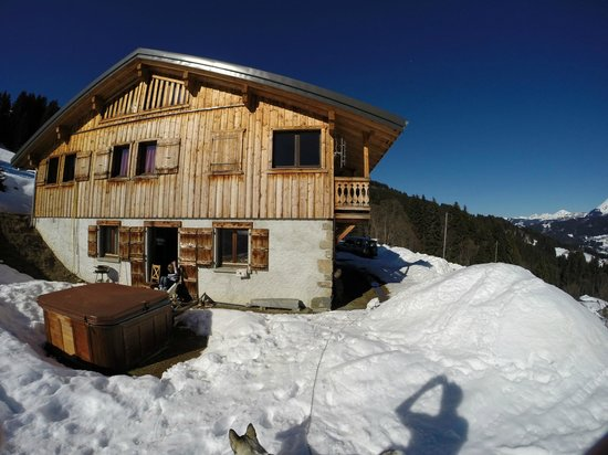 Above All Chalet Co: Chalet looking beautiful on our departure