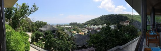 Mandarava Resort and Spa : Nice, stunning view of Karon from the resort.
