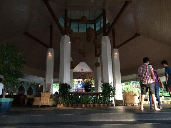 Mandarava Resort and Spa : Resort lobby.