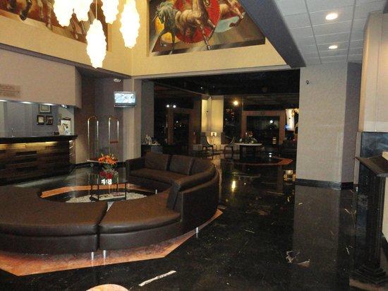 Hotel Pueblo Amigo Plaza & Casino: Lobby
