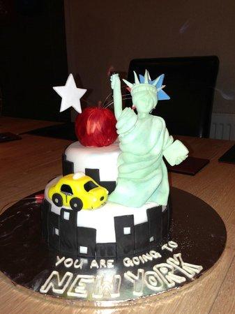 Waldorf Astoria New York: My NYC 40th cake
