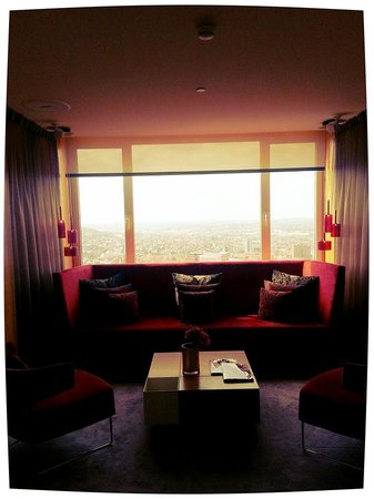 The Hotel - Brussels: Club lounge