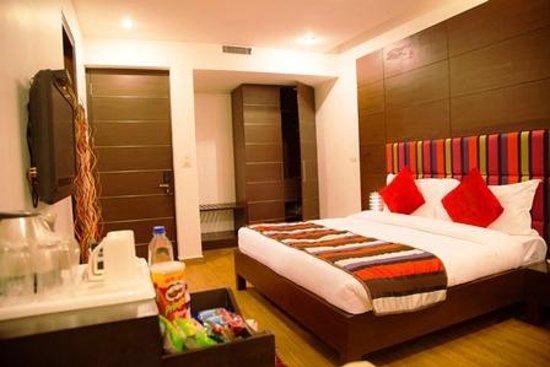 Hotel La Suite: Club Room