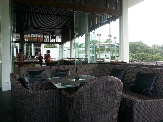 Padma Hotel Bandung: Restaurant