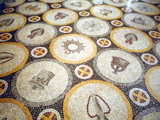 Numismatisches Museum: Pavimento a mosaico