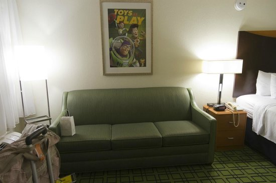 Fairfield Inn Anaheim Resort: Themed Room Sofa Bed
