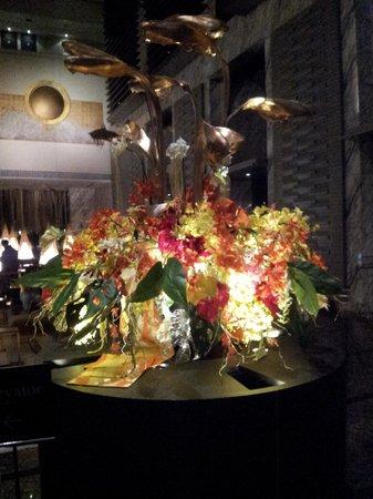 Hotel Villa Fontaine Tokyo-Shiodome : omaggio floreale