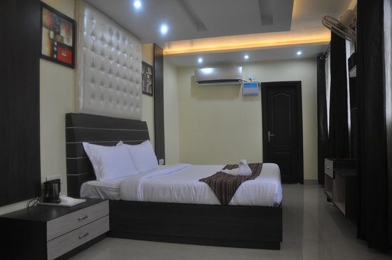 MM Yellowuds Hotel at Amritsar Bus Stand: Classic Executive Room Complimentary Wi Fi