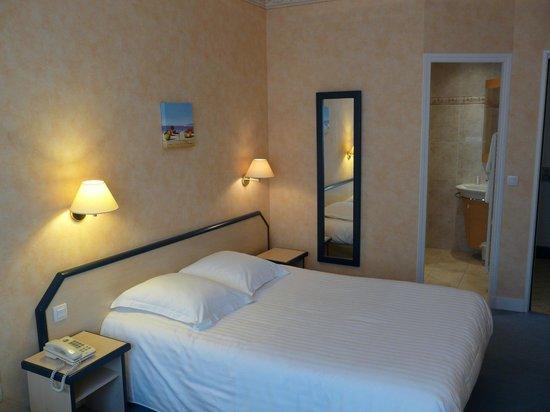 Hotel Marguerite : Chambre