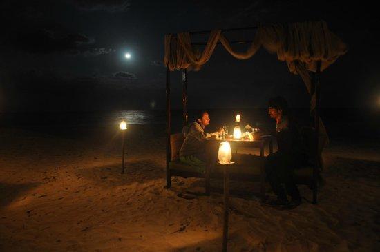 Munjoh Ocean Resort Candle Light Beachside Dinner