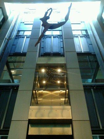 Hotel Primus Valencia: Hall inferior