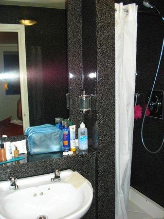 St Giles London - A St Giles Hotel: salle de bain