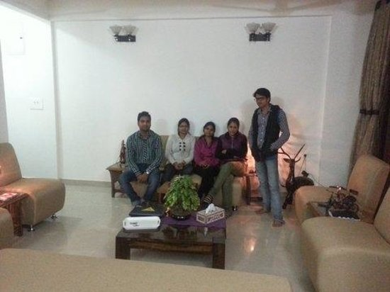 Gwalior Service Apartments : Nice Drawing Room