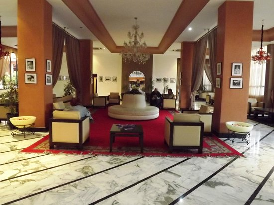 Meriem Hotel : the marble entrance hall