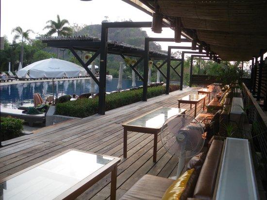 Pakasai Resort : espace piscine