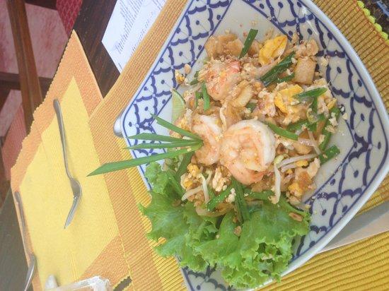 Phuket Thai Cookery School: Pad Thai - fave!