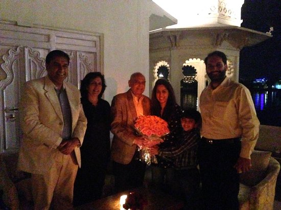 Taj Lake Palace Udaipur: Family Welcome, Mewar Terrace