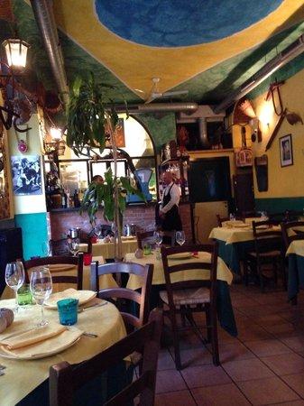 De Pasajo Dal Marchigiano: Dining room