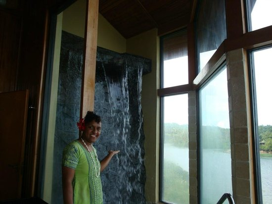 Namale Resort & Spa: Waterfall Massage Spa