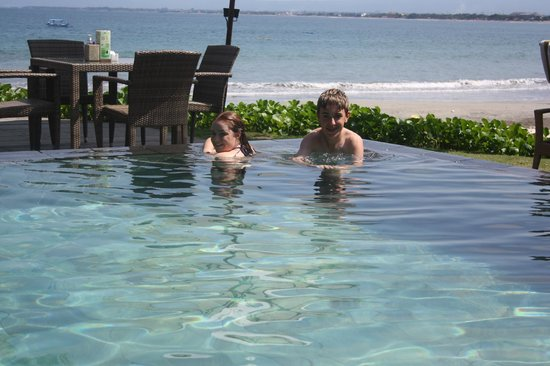 Bali Garden Beach Resort: Loved the Infinity Pool