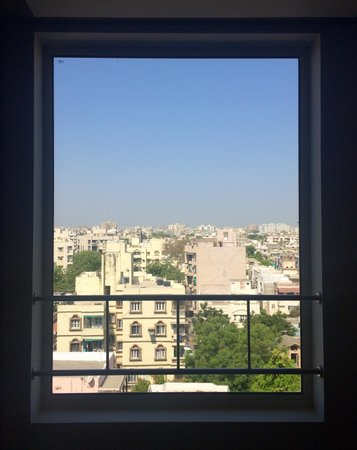 Holiday Inn Express Ahmedabad : view from hallway