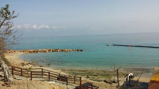 Capo Bay Hotel: The beach