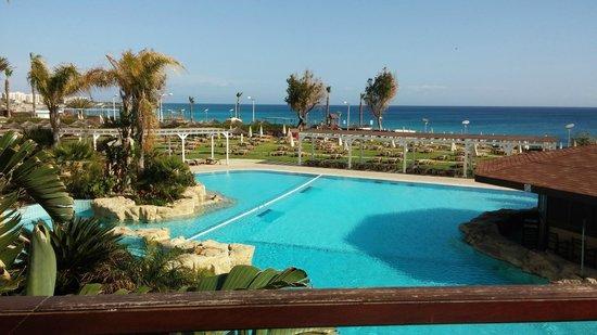 Capo Bay Hotel : Main pool (2)