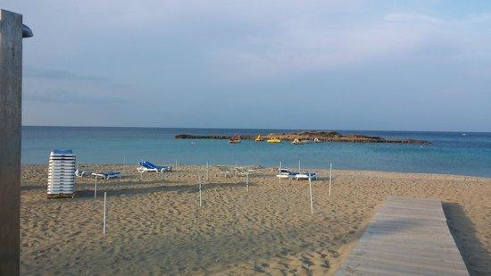 Capo Bay Hotel : The beach