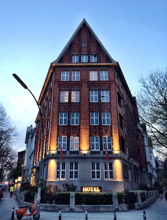 Hotel Wagner im Dammtorpalais : The hotel