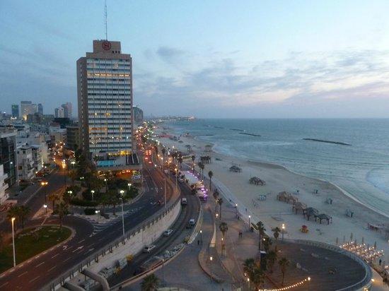 Renaissance Tel Aviv Hotel: vue de la chambre sur le vieux jaffa