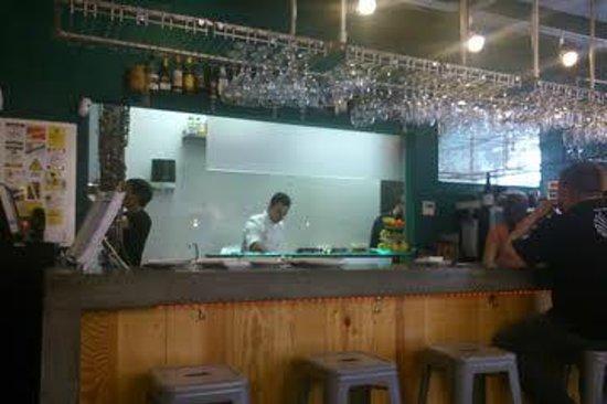 La Candela: Cocina abierta